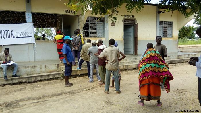 Zwischenwahl in Nampula, Mosambik (DW/S. Lutxeque)