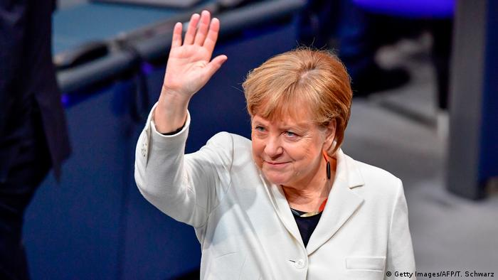 Deutschland Bundestag Angela Merkel (Getty Images/AFP/T. Schwarz)