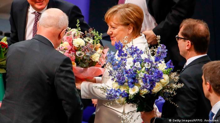 Ангела Меркель принимает поздравления