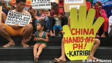 Protest in Manila against China-funded mega dams (DW/A.P.Santos)
