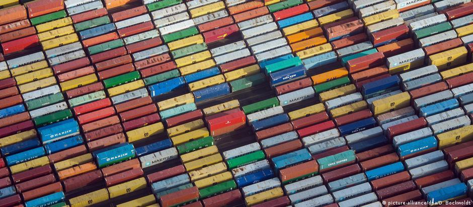 Porto de Hamburgo, um dos maiores da Europa. Bruxelas negocia há quase 20 anos acordo comercial com Mercosul
