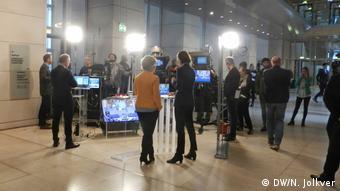 Фойе бундестага 14 марта в день выборов канцлера ФРГ 14 марта