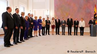 Με τα μέλη του νέου υπουργικού συμβουλίου και τον Πρόεδρο της Δημοκρατίας