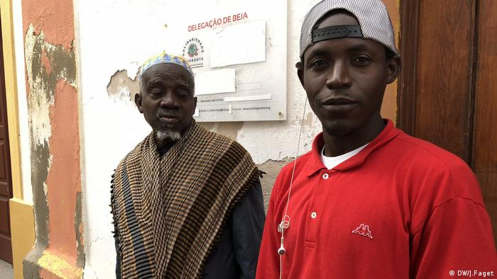 Two migrants from Africa