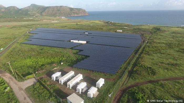 Солнечная и аккумуляторная электростанция на острове Синт-Эстатиус