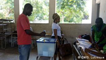 Mosambik Zwischenwahl in Nampula | Stimmabgabe
