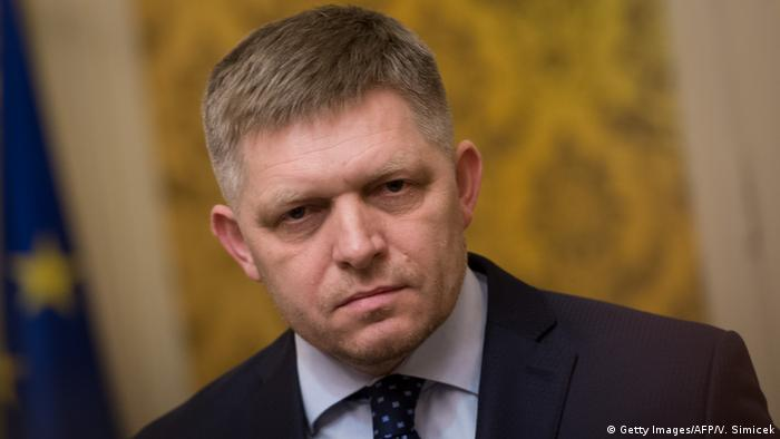 Slowakei Ministerpräsident Robert Fico (Getty Images/AFP/V. Simicek)
