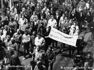 'Não queremos violência, queremos mudanças' reivindicaram os manifestantes em 9 de outubro de 1989