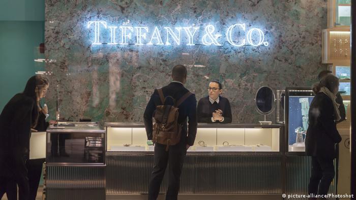 Tiffany & Co. Laden in Rockefeller Center in New York