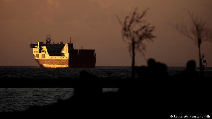 Bildergalerie Flüchtlinge im Hafen von Patras (Reuters/A. Konstantinidis)