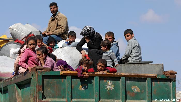 BM'nin raporuna göre Afrin'den kaçanlar çok zor şartlar altında güvenli bölgelere ulaştı.