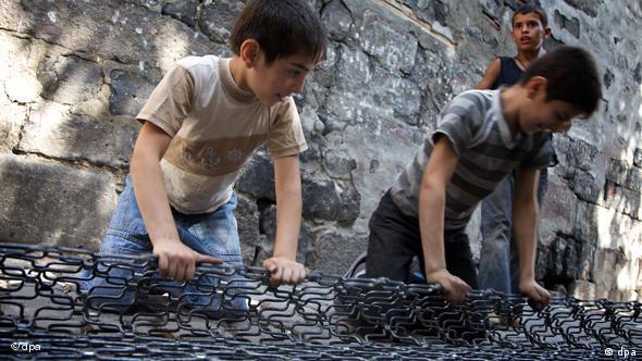 Welttag gegen Kinderarbeit - Kinderarbeit in der Türkei Flash-Galerie
