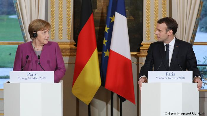 Frankreich Treffen Angela Merkel & Emmanuel Macron in Paris (Getty Images/AFP/L. Marin)