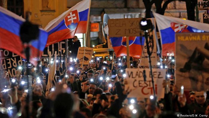 Slowakei Bratislawa Proteste gegen Politiker (Reuters/D.W. Cerny)