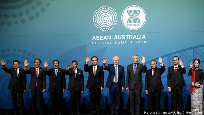 Southeast Asian leaders at the ASEAN 2018 summit in Australia (picture alliance/AAP/dpa/D. Himbrechts)