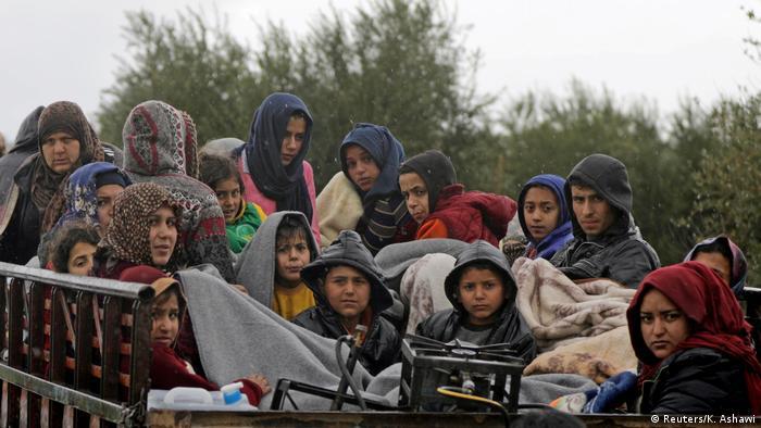 Syrien Aktivisten: 150.000 Zivilisten seit Mittwochabend aus Stadt Afrin geflüchtet