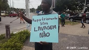Angola - Proteste in Luanda - Aktivist