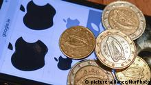 A picture of the Apple logo alongside some euro coins (picture-alliance/NurPhoto)
