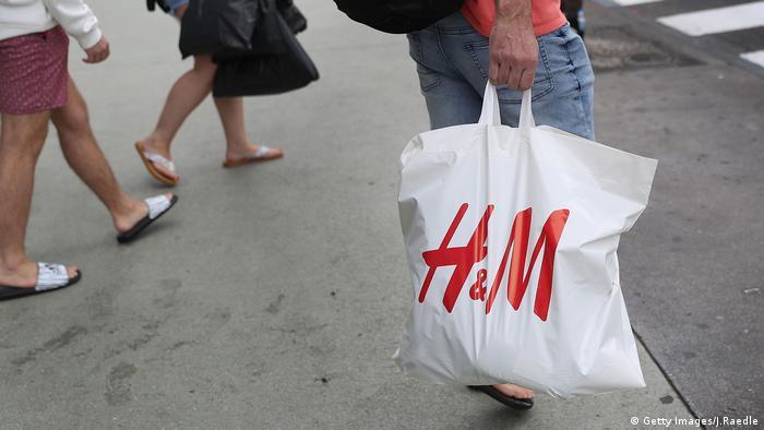 H&M, Hennes & Mauritz - Modelabel