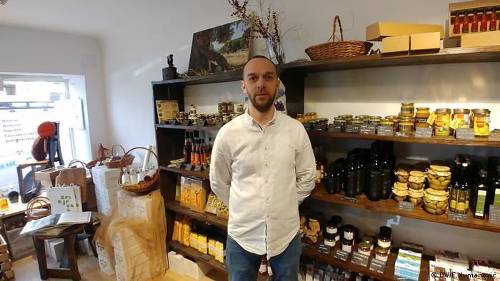 Mario Harapin verkauft kroatische Delikatessen in Österreich