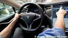 Tesla Fahrassistent