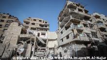 Syrien Zerstörte Häuser nach Luftangriffen in Ost-Ghuta