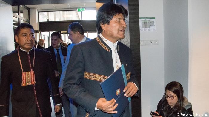 Niederlande Evo Morales beim Weltgerichtshof in Den Haag (Reuters/D. Morales)