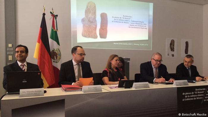 Conferencia de prensa en las instalaciones de la Colección Estatal de Arqueología de Múnich.