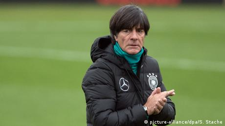Joachim Löw (picture-alliance/dpa/S. Stache)