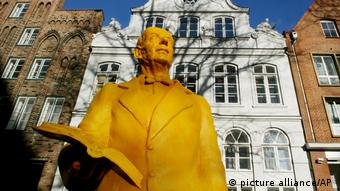 Thomas Mann statue in Lübeck