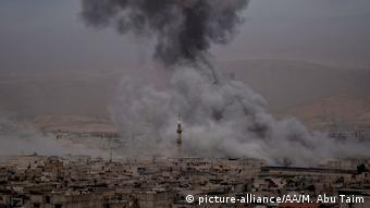 Syria airstrikes on Eastern Ghouta (picture-alliance/AA/M. Abu Taim)