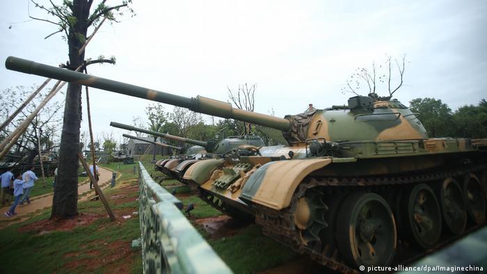 China Jiangxi Themenpark 90 Jahre Volksarmee (picture-alliance/dpa/Imaginechina)