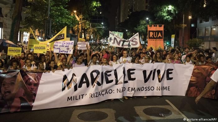 Brasilien Trauer Marielle Franco (picture-alliance/AP/)