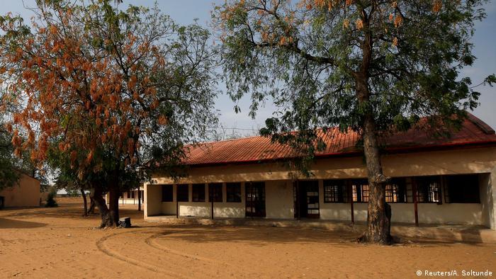 Исламисты из «Боко Харам» освободили 76 похищенных школьниц