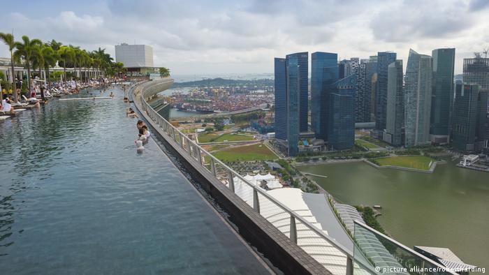 Singapur Bankenviertel Marina Bay Sands (picture alliance/robertharding)