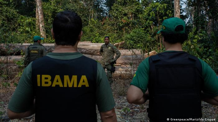 IBAMA inspectors in the rainforest