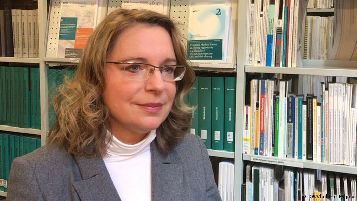 Berlin DIW Prof. Dr. Claudia Kemfert (DW/Vladimir Esipov)