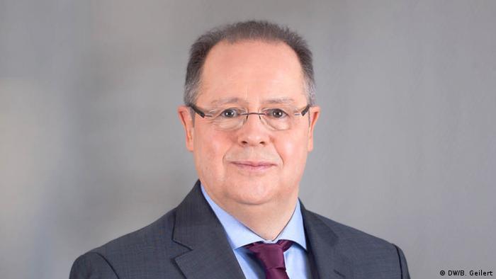 Kristijan F. Tripe, DW