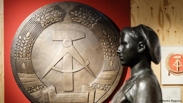Ausstellung Haus der Geschichte - Deutsche Mythen seit 1945 - Traktoristin