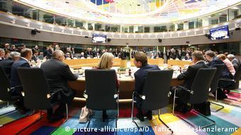 Το στοίχημα της Μέρκελ ειναι να βρεθεί λύση για το προσφυγικό στην επόμενη Σύνοδο Κορυφής της ΕΕ