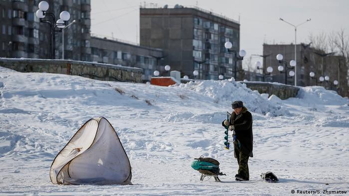 Kazakhstan steel (Reuters/S. Zhumatov)