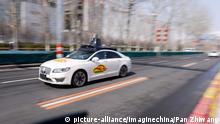 China Peking gibt Baidu grünes Licht für Tests mit selbstfahrenden Autos