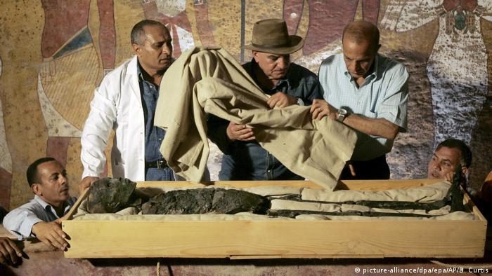 2500-year old coffin may offer clues into ancient Egypt