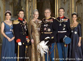 Denmark's royal family: Crown Princess Mary, Crown Prince Frederik, Queen Margrethe II., Prince Henrik, Prince Joachim and Princess Marie pose for a photograph in the Amalienburg Palace in Copenhagen, Denmark