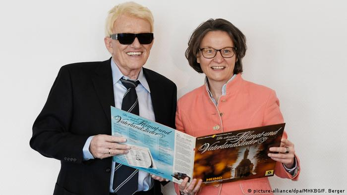 Heino and Ina Scharrenbach (picture-alliance/dpa/MHKBG/F. Berger)
