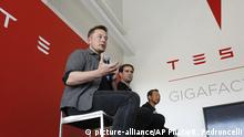 Elon Musk CEO Tesla Motors (picture-alliance/AP Photo/R. Pedroncelli)