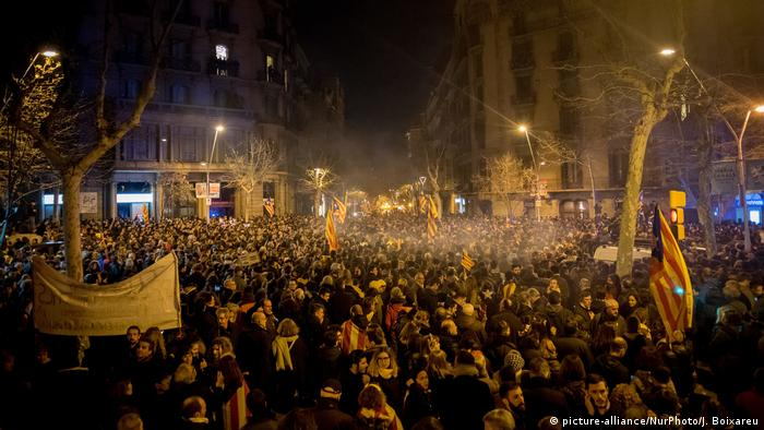 Protests in Barcelona against court decision