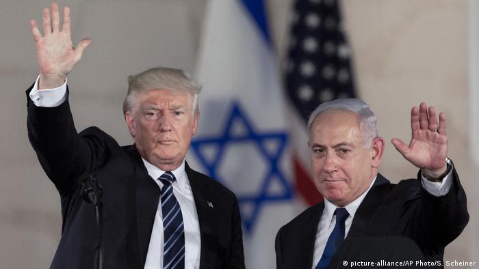 Donald Trump und Benjamin Netanyahu in Jerusalem (picture-alliance/AP Photo/S. Scheiner)