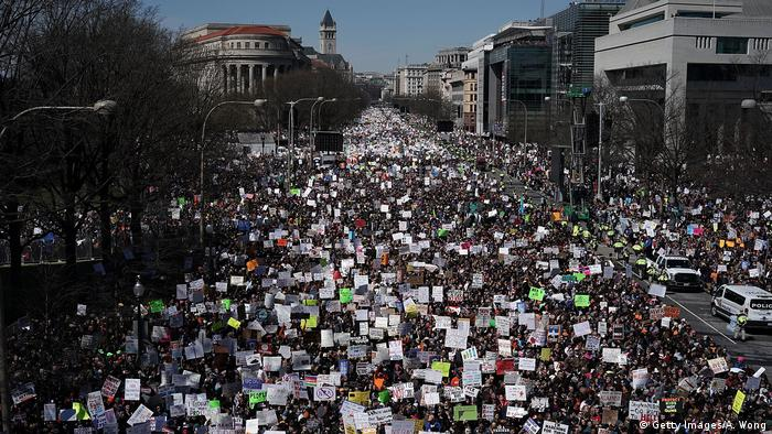 Thousand of people on the street during March For Our Lives rally in Washington, DC (Getty Images/A. Wong)
