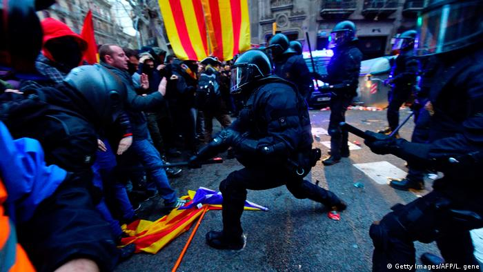 Barcelona Protest Puigdemont Verhaftung